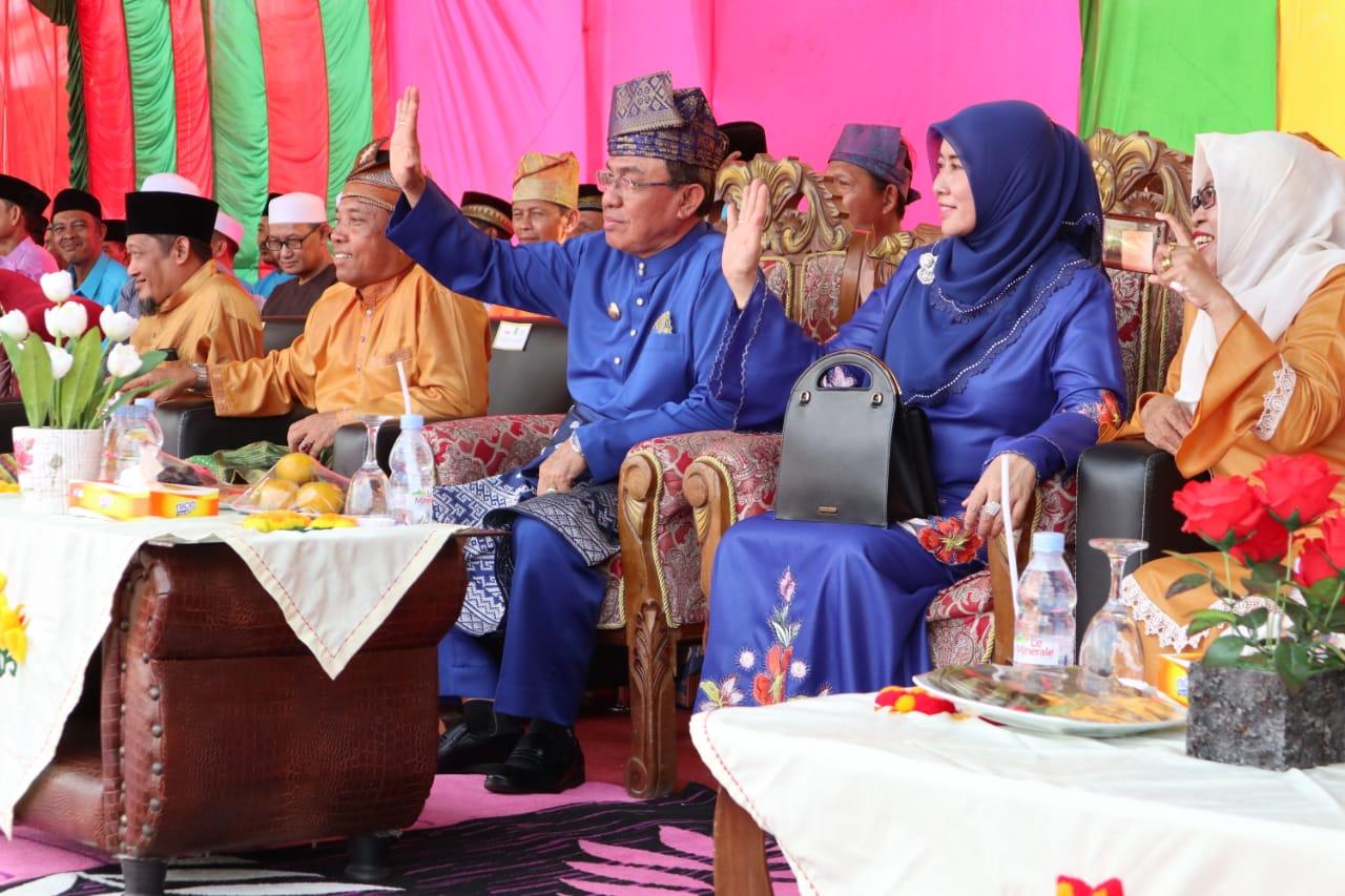 Bupati Inhil Melepas Pawai Taaruf MTQ Tembilahan Hulu Tahun 2019