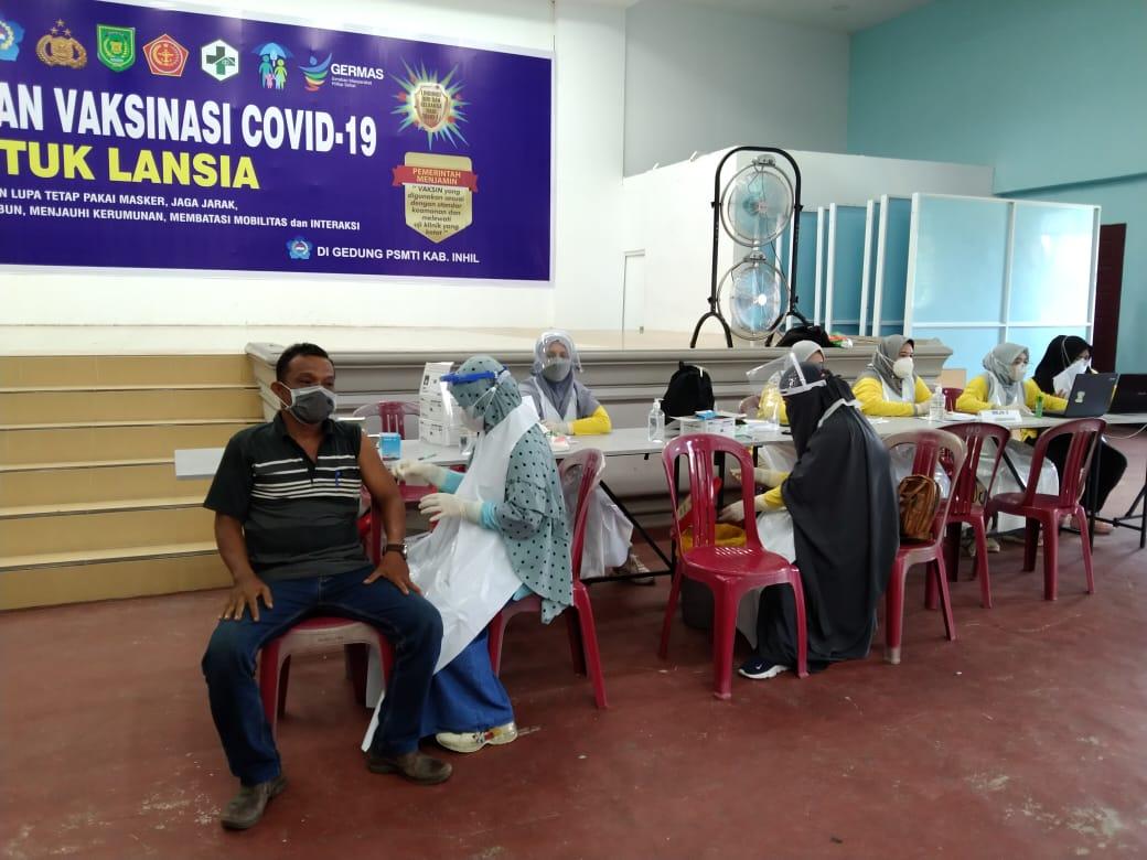316 Lansia dan Pendamping di Inhil Divaksin