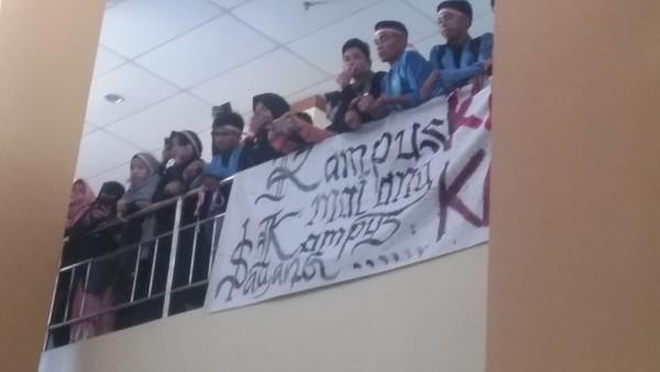 Uang UKT Tak Direvisi, Mahasiswa UIN Suska Riau Ancam Segel 9 Fakultas