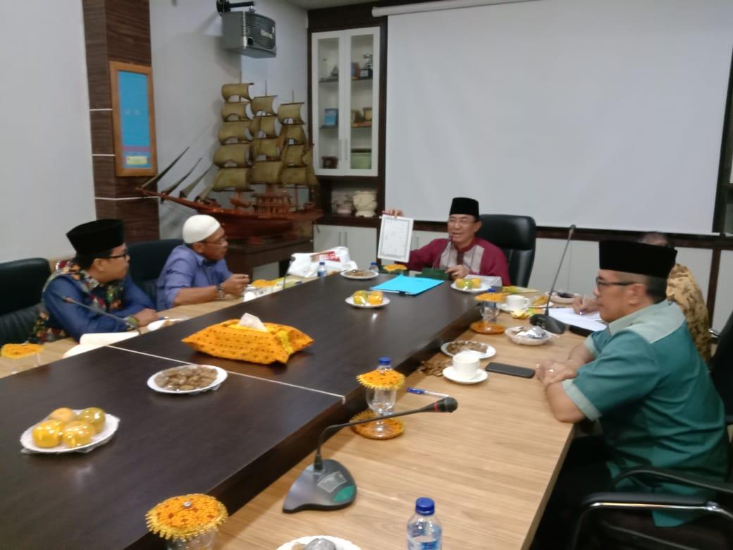 Bupati Inhil Pimpin Rapat Final Persiapan Peringatan HUT RI Ke - 74 Dan Pencanangan Program Rumah Tahfidz