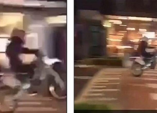 Pemotor Atraksi di Atas Zebra Cross, Apes...di Belakang Ada Mobil Polisi