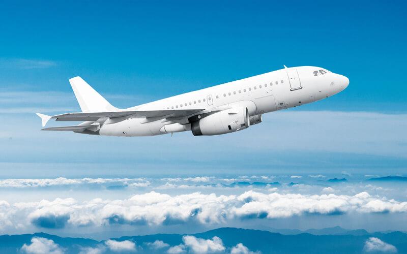 Wanita Ini Kena Denda Miliaran usai Coba Buka Pintu Darurat Pesawat