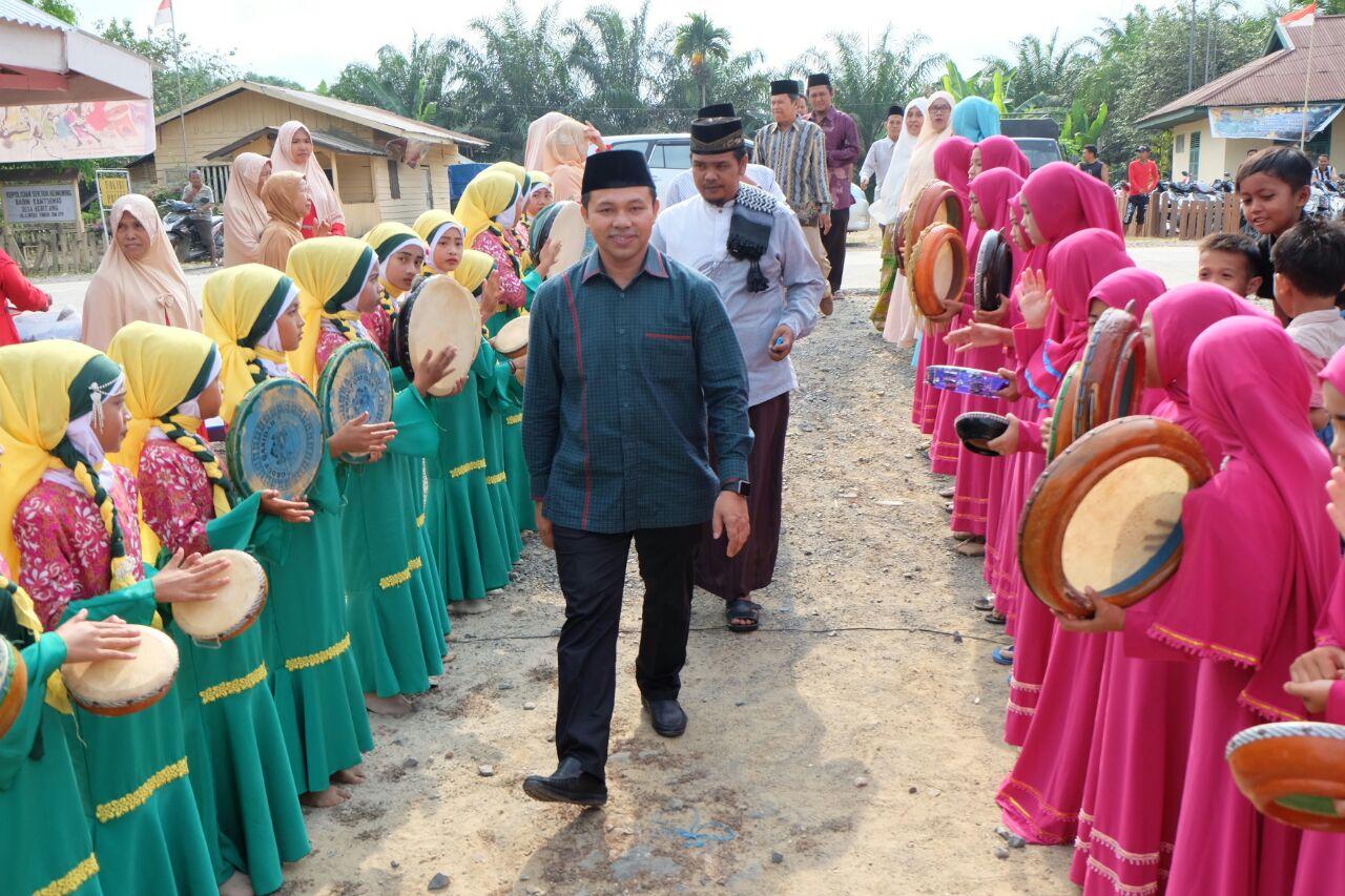Abdul Wahid Sosialisasikan Pengobatan Gratis dengan KTP