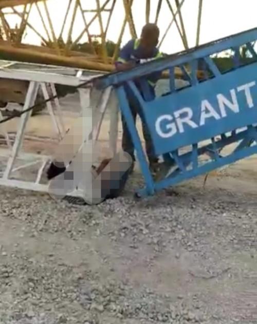 Pekerja Jalan Tol Pekanbaru-Dumai Tewas Tertimpa Alat Berat Crane