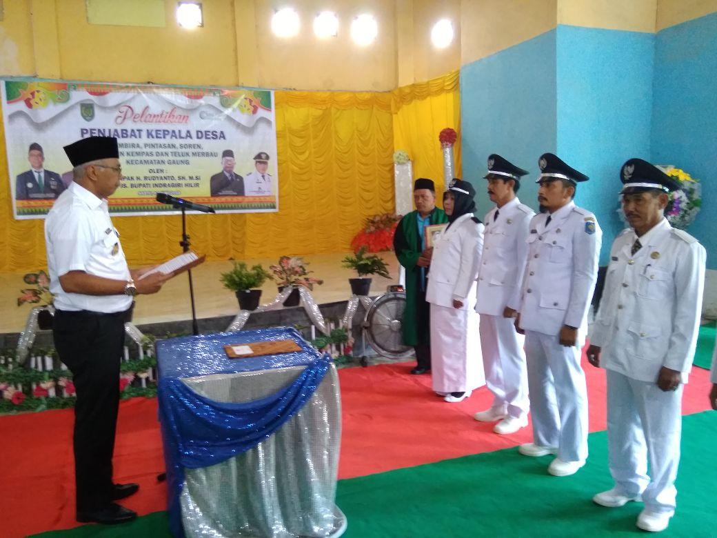 Pjs Bupati Inhil Lantik Lima Penjabat Kepala Desa Kecamatan Gaung