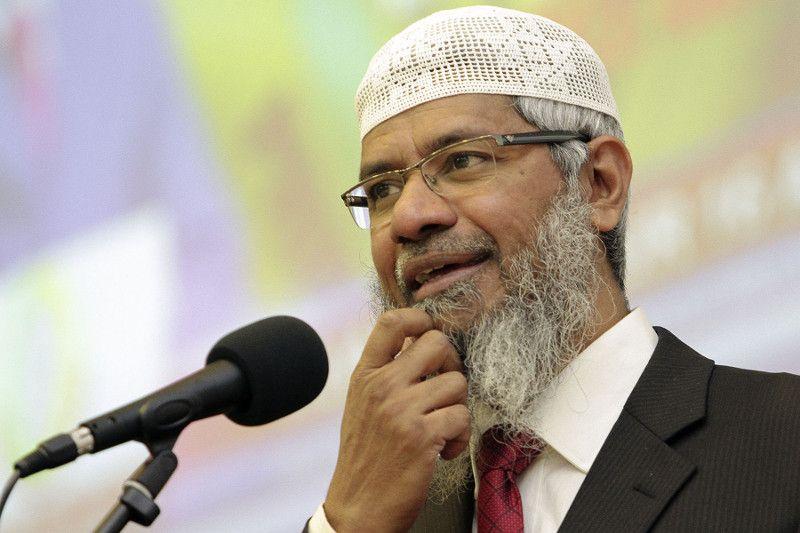 Menteri Malaysia Tolak Zakir Naik Tinggal di Malaysia