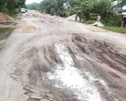 Masyarakat Enok Inhil Kecewa, 32 Tahun Pembangunan Jalan Sepanjang 23 Km tak Kunjung Rampung