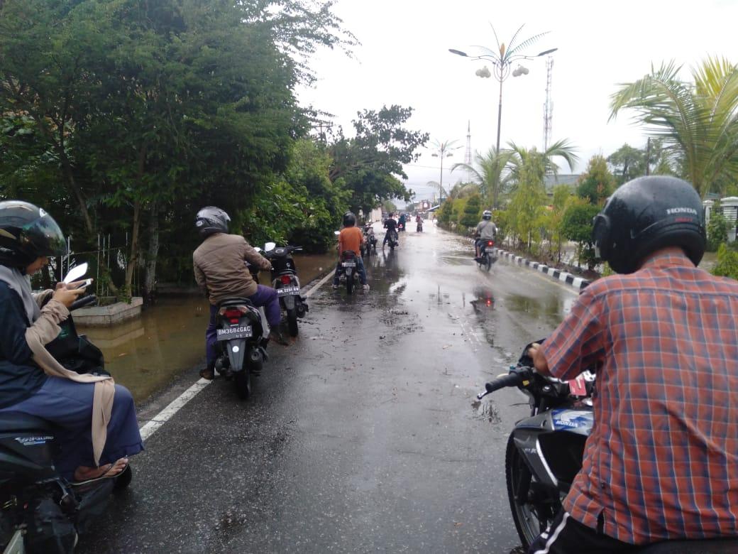 Kota Tembilahan Dikepung Banjir Pasang