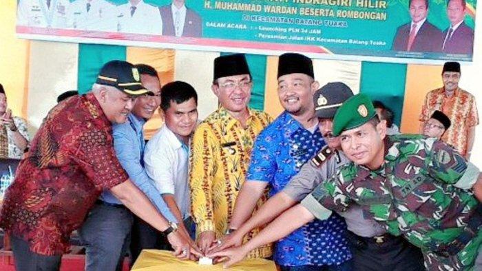 Akhirnya, Masyarakat Kecamatan Batang Tuaka Sudah Bisa Menikmati Listrik 24 Jam