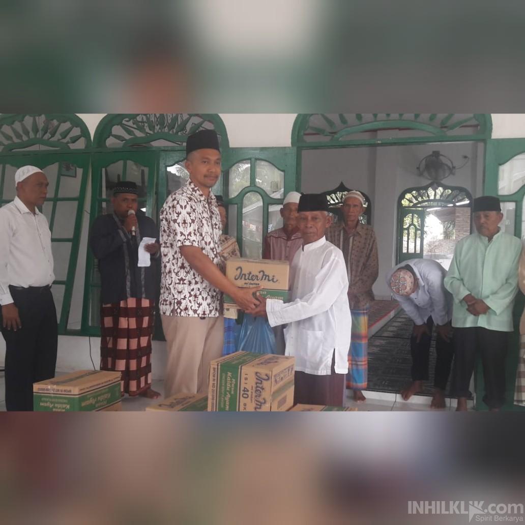 Polres Sergai Shalat Jumat Berjamaah di Masjid Jami' Desa Lubuk Rotan