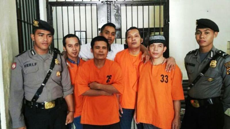 Polisi Serahkan Delapan Pelaku Kriminal ke Kejari