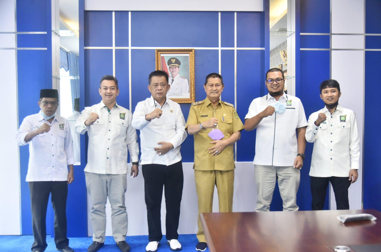 Jelang Muscab Ke-V, F-PKB DPRD Inhil Kunjungi Sejumlah Unsur Forkopimda dan Ketua PCNU Inhil