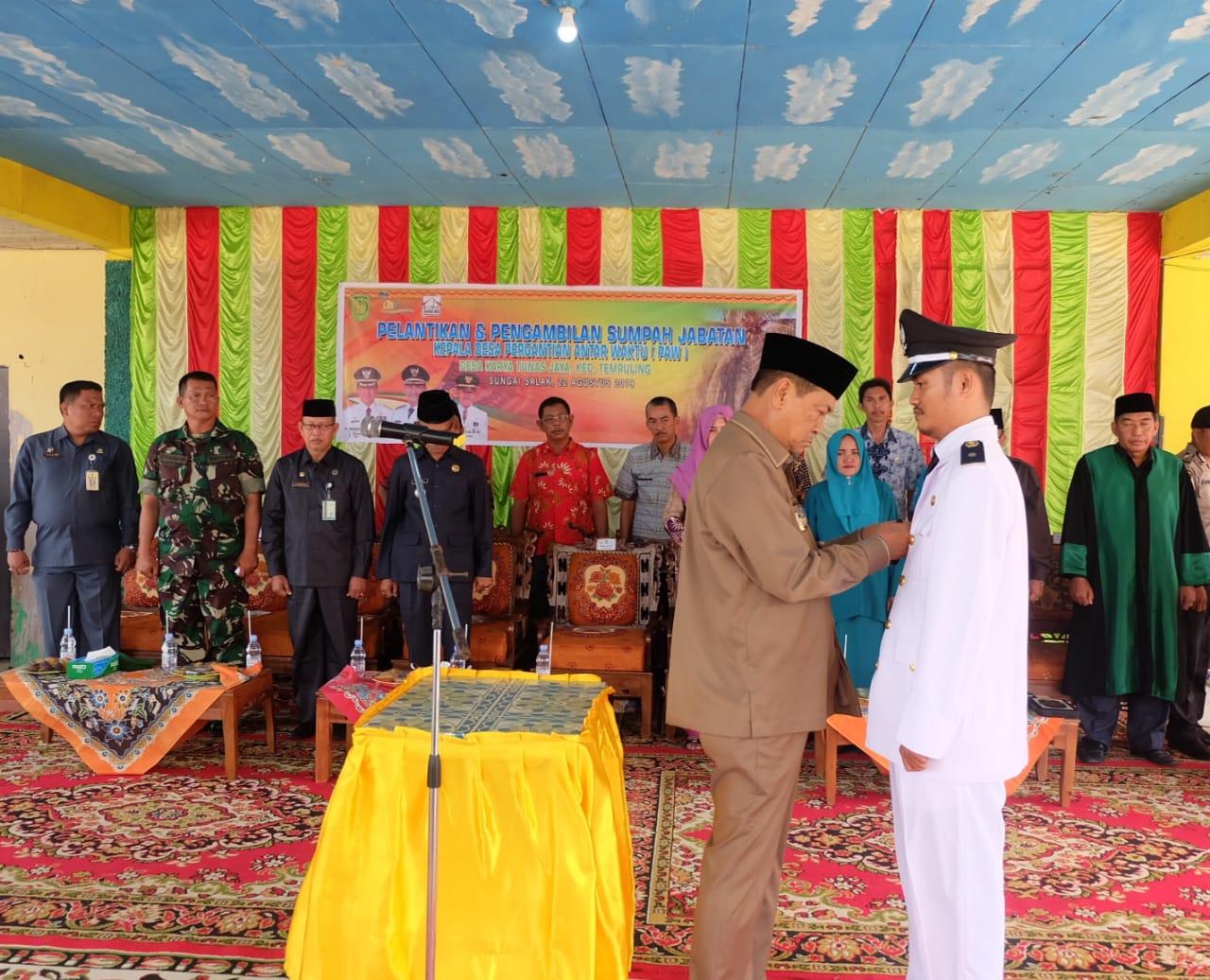 Kejar Pembangunan, Wabup Inhil Percepat Lantik Kades Karya Tunas Jaya