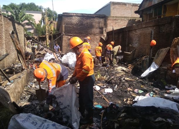 Mukjizat, Alquran Tak Tersentuh Api Meski Rumah Imam Ludes Terbakar