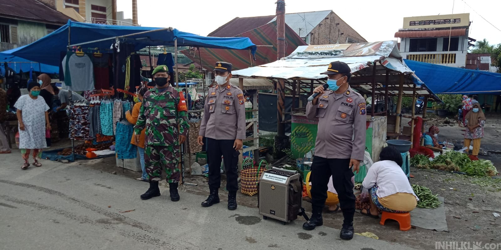 Polsek Kotarih Giat Posko PPKM Mikro di Pusat Pasar Tradisional