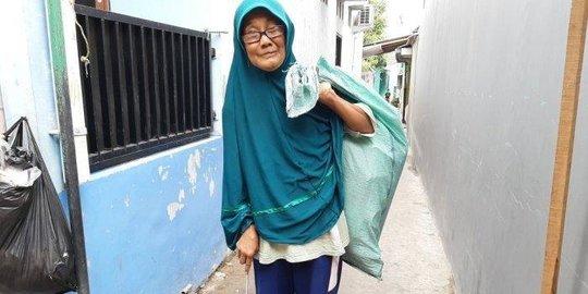 Diusir Menantu dan 15 Tahun Memulung, Kisah Nenek Lessy Bikin Sedih