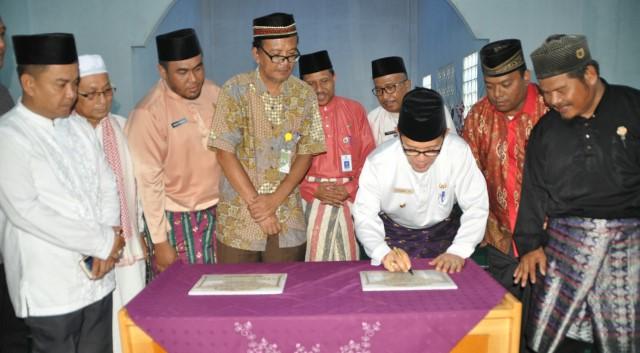 Wako Dumai Resmikan Pembangunan Masjid Sumbangan Warga dan Pertamina