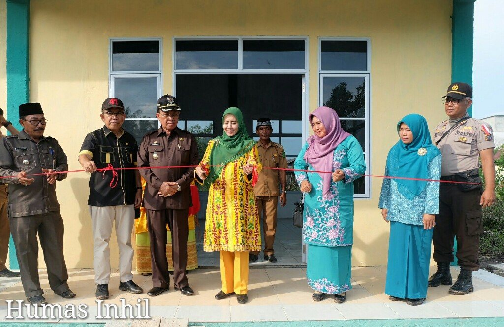 Didampingi HM Wardan, Zulaikhah Resmikan PAUD Permata