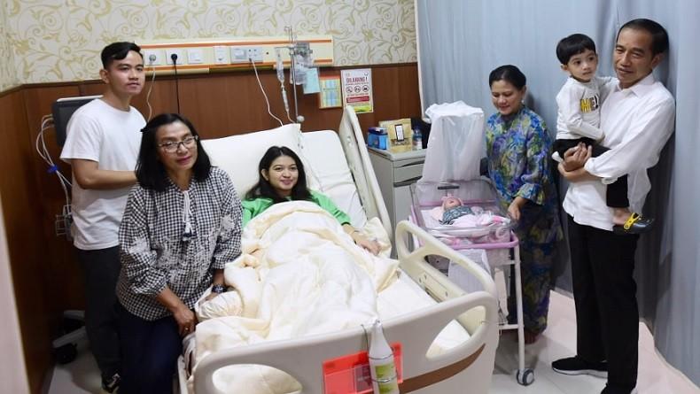 Momen Bahagia Jokowi Tengok Cucu Ketiga, La Lembah Manah