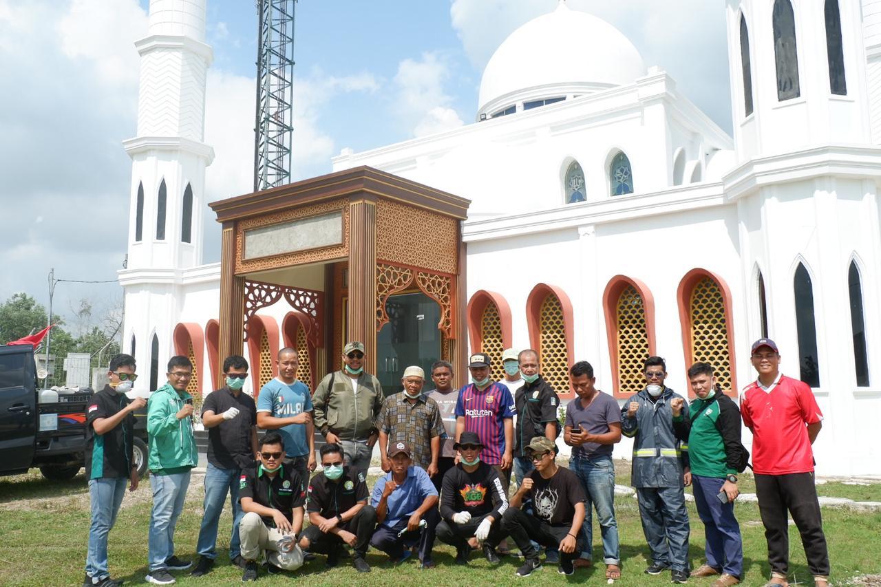 Lawan Virus Corona, PKB Riau Kembali Lakukan Bakti Sosial Disinfektan Untuk Rumah Ibadah