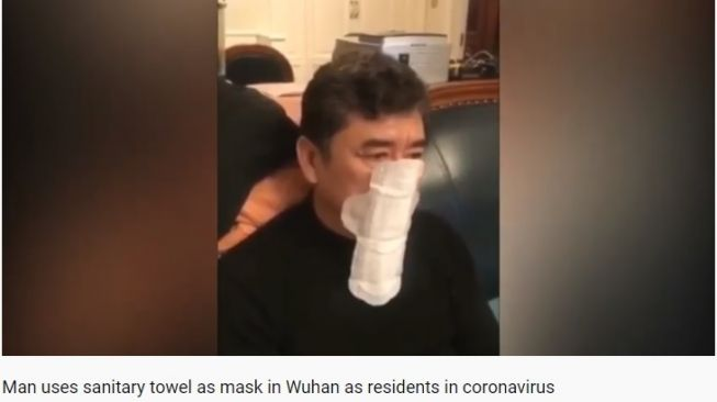 Pria Ini Pakai Pembalut Wanita untuk Hadapi Virus Corona