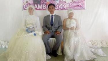 Seorang Pria Nikahi Dua Wanita Sekaligus ini Viral, Ini Fotonya...