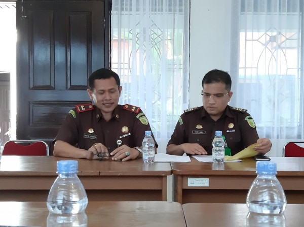 Dua Tahanan Kejari Inhu Kabur, Dibantu Oknum Petugas Hingga Esek-esek di Hotel