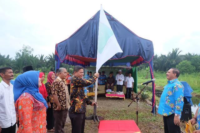 Sekda Inhil Lantik Pengurus IKA-UR Kecamatan Gaung