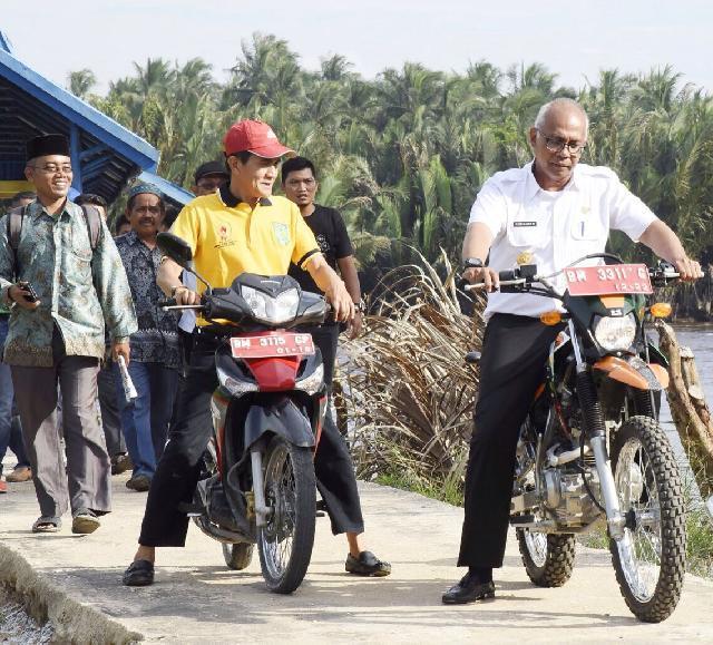 Pj Bupati Inhil Rudyanto Kunker ke Pulau Burung dan Pelangiran