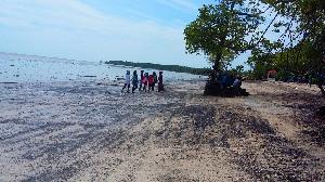 Keindahan Pantai Solop