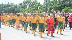 Bupati Inhil Ikuti Pelepasan Pawai Taaruf MTQ Ke -36 Riau>