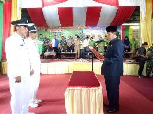Bupati Inhil HM Wardan Lantik Dua Kades di Kecamatan Kuindra