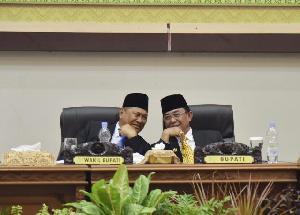 Bupati dan Wabup Pelantikan Ketua dan Wakil Ketua DPRD Inhil